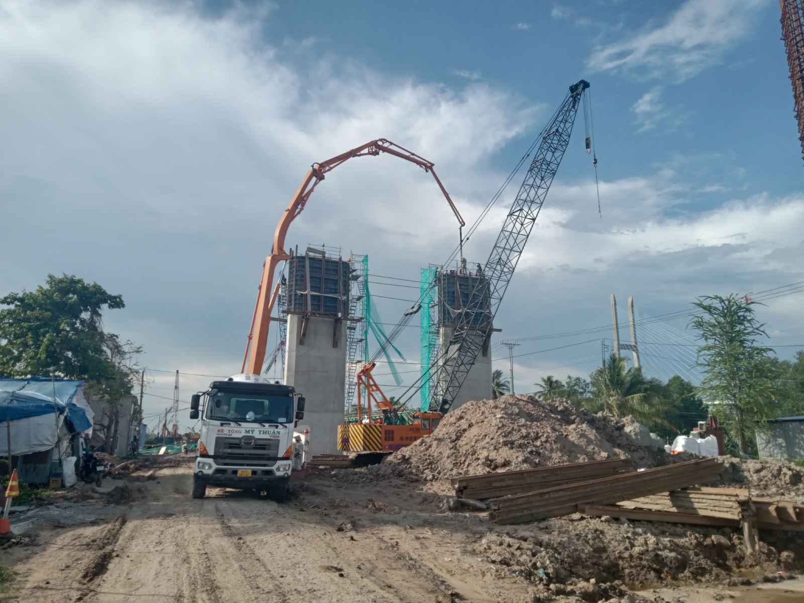Công trình thi công Cầu Mỹ Thuận 2